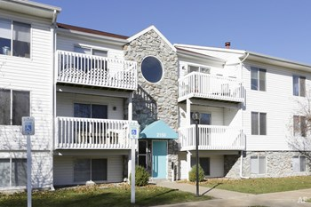 2140 Sanibel Island 1-2 Beds Apartment for Rent Photo Gallery 1