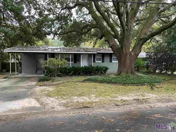 2475 Rhododendron Avenue 3 Beds House for Rent Photo Gallery 1