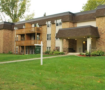 60 – 80 Hilltop Lane 1-2 Beds Apartment for Rent Photo Gallery 1