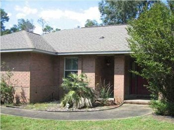 6712 Codell St. 3 Beds House for Rent Photo Gallery 1