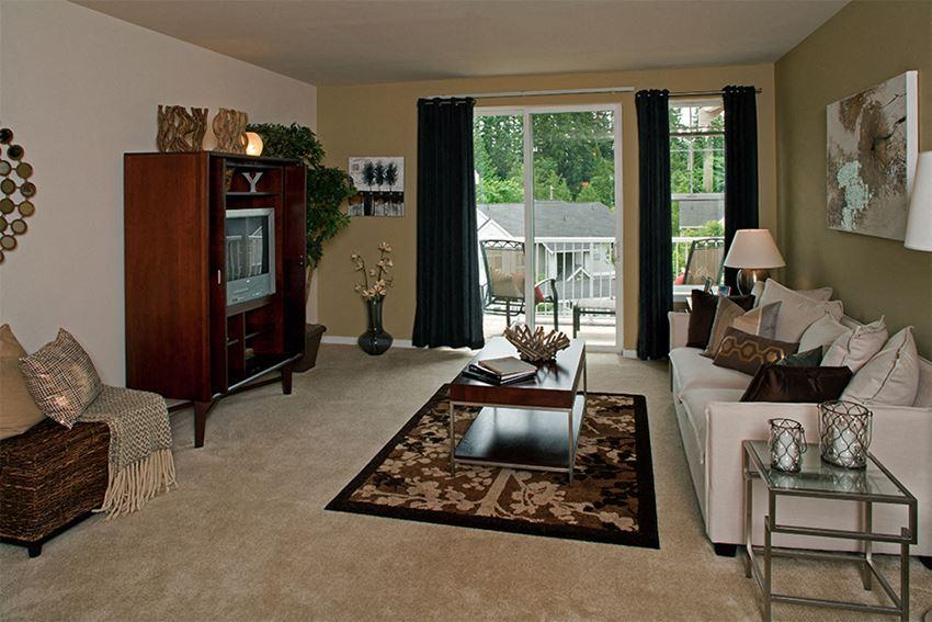 The Timbers - Issaquah, WA - living room