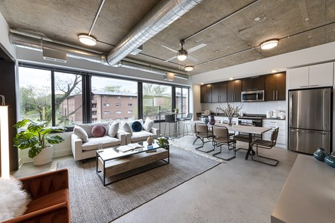Mission Lofts Apartments Seating area