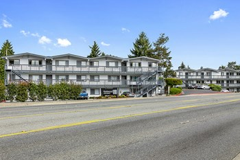 22425 Benson Rd SE 1-3 Beds Apartment for Rent Photo Gallery 1