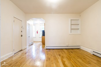 254 Van Horne Street 2 Beds House for Rent Photo Gallery 1