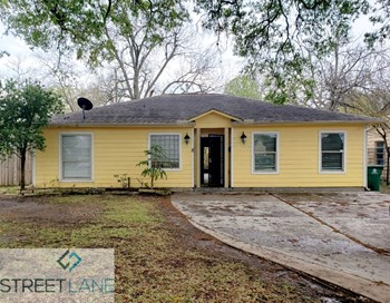 4910 Ward St 3 Beds House for Rent Photo Gallery 1
