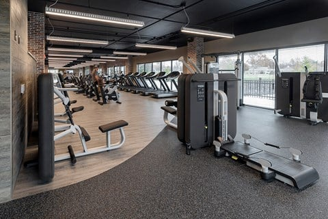 Fairway Flats Apartments Fitness Center with a Wide Variety of Updated Cardio and Weight Lifting Machines