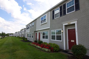 2637 Sawbury Blvd 2 Beds Apartment for Rent Photo Gallery 1