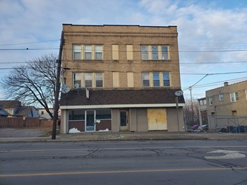 1620 Mahoning Avenue Studio-1 Bed Apartment for Rent Photo Gallery 1