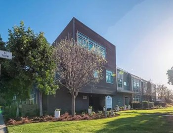 730 Doran Street 1-2 Beds Townhouse for Rent Photo Gallery 1