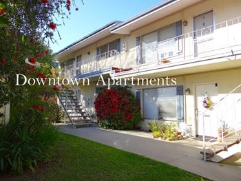 121 West Arrellaga Street 1 Bed Apartment for Rent Photo Gallery 1