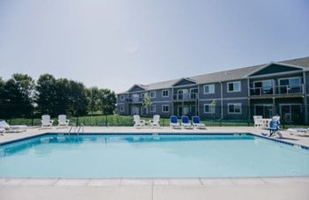 516 E Clearwater Pl 1-3 Beds Apartment for Rent Photo Gallery 1