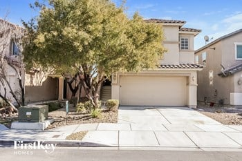 8620 Painted Horseshoe St 4 Beds House for Rent Photo Gallery 1