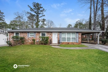 2073 Louis XIV Ln 3 Beds House for Rent Photo Gallery 1