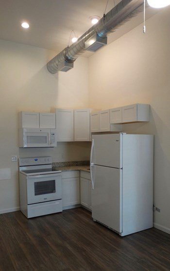 620 Washington Street Studio Apartment for Rent Photo Gallery 1