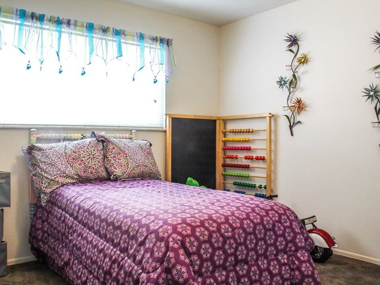 two bedroom apartment for rent in Ferguson, MO