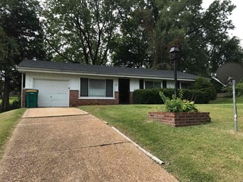 1238 St Cyr Rd 3 Beds House for Rent Photo Gallery 1