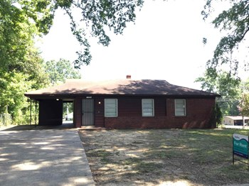 1456 Haywood 3 Beds House for Rent Photo Gallery 1