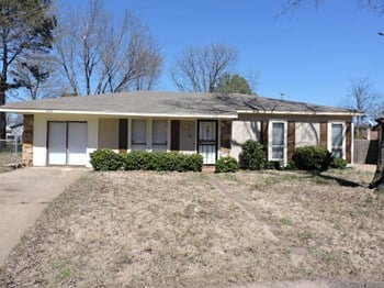 3434 Feldspar 3 Beds House for Rent Photo Gallery 1