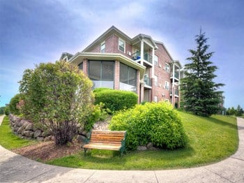 10901 West Donna Drive 1-2 Beds Apartment for Rent Photo Gallery 1