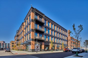 1400 Elizabeth St. 1-2 Beds Apartment for Rent Photo Gallery 1