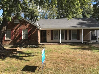 4890 Fernbrook 3 Beds House for Rent Photo Gallery 1