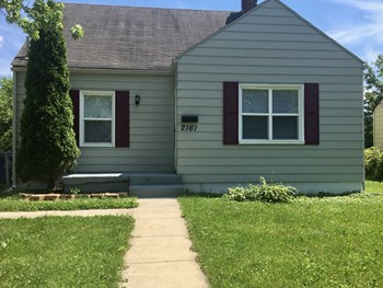 2161 Suncrest Dr 3 Beds House for Rent Photo Gallery 1