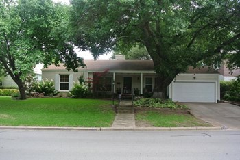 3725 Westcliff Road North 2 Beds House for Rent Photo Gallery 1