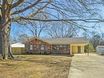 6709 Embassy Circle 3 Beds House for Rent Photo Gallery 1