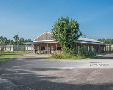 Storage Units for Rent available at 200 Industrial Park Drive, Georgetown, SC 29440 Photo Gallery 1