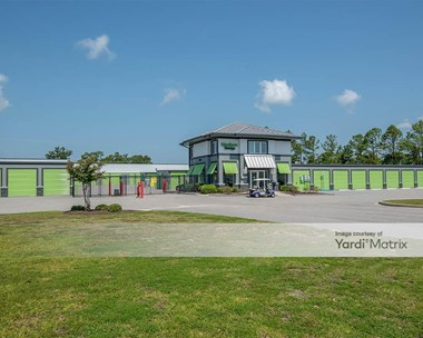 Storage Units for Rent available at 610 US - 17, Buss Surfside, SC 29575 Photo Gallery 1