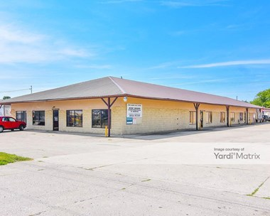 Storage Units for Rent available at 4905 Hendron Road, Groveport, OH 43125 Photo Gallery 1