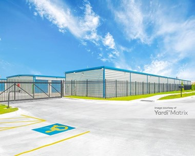 Storage Units for Rent available at 8610 South Elwood, Tulsa, OK 74132 Photo Gallery 1