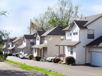 2237 - 2251 Michigan St. 1-3 Beds Apartment for Rent Photo Gallery 1
