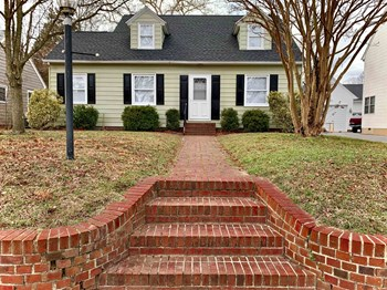 106 Hillside Drive 3 Beds House for Rent Photo Gallery 1