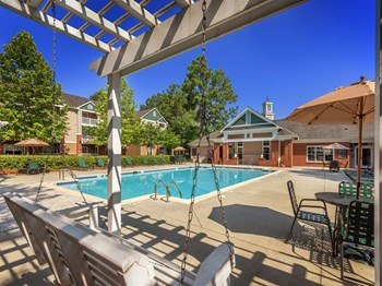2605 Elms Plantation Blvd 1-2 Beds Apartment for Rent Photo Gallery 1