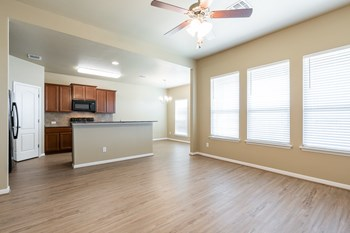 725 Skylar Heights 4 Beds House for Rent Photo Gallery 1