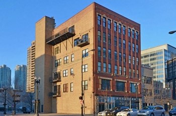 626 West Randolph Street Unit 205 2 Beds Apartment for Rent Photo Gallery 1