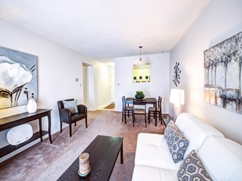 101-1015 Pembridge Crescent 1-2 Beds Apartment for Rent Photo Gallery 1