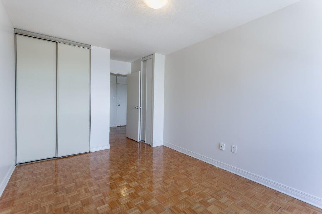 rent cheap apartments in ontario from 715 rentcaf rh rentcafe com