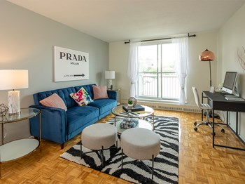 2025 & 2035 Othello Avenue 2 Beds Apartment for Rent Photo Gallery 1