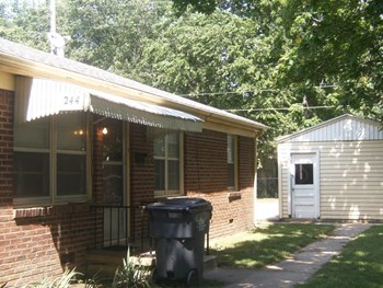 242 - 244 N. FERN 2 Beds Apartment for Rent Photo Gallery 1