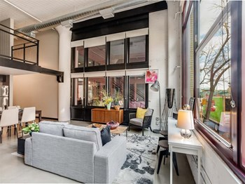 261 5Th St E 1 Bed Apartment for Rent Photo Gallery 1