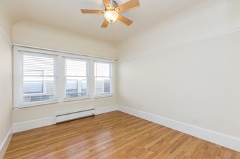 1600-1612 3Rd Avenue, 322 Foothill Boulevard Studio Apartment for Rent Photo Gallery 1