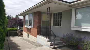 440 Northeast Lincoln Road 2 Beds House for Rent Photo Gallery 1