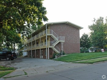 4404 Davenport Street 1 Bed Apartment for Rent Photo Gallery 1
