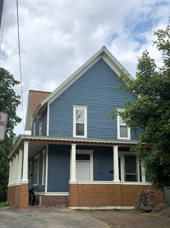 633 North Water Street 1 Bed House for Rent Photo Gallery 1