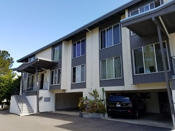 51 Reed Boulevard 1-2 Beds Apartment for Rent Photo Gallery 1