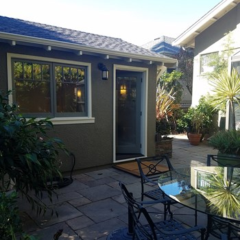 5866 Chabot Road Studio House for Rent Photo Gallery 1