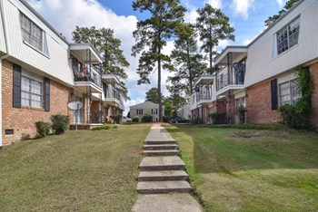 4426 Blossom Street 1-2 Beds Apartment for Rent Photo Gallery 1