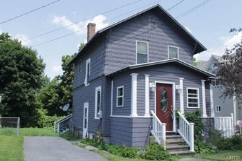 375 Pawling St 2 Beds House for Rent Photo Gallery 1